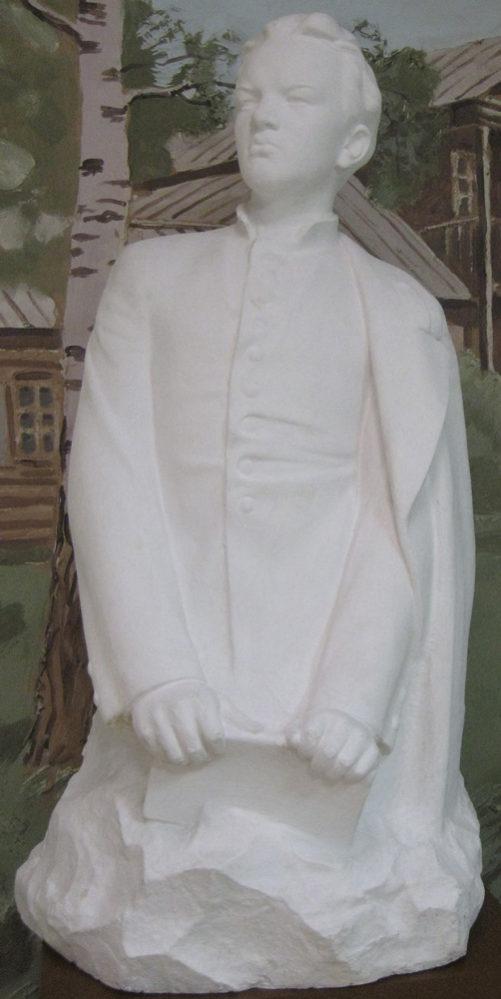 Скульптура. Цигаль В.Е. В.Ульянов — гимназист.